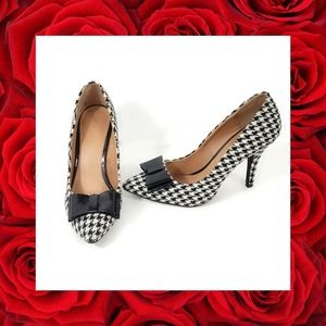 Houndstooth Patent Leather Bow Heels Size 7.5M